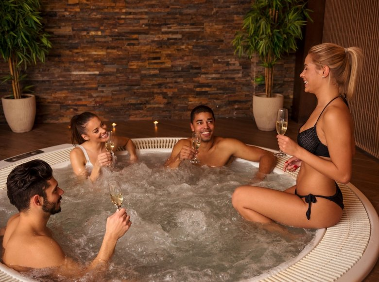 How to maintain your jacuzzi?
