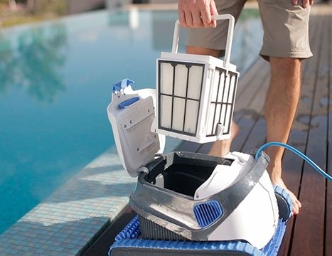 poolrobot dolphin echo s200 swimming pools webshop. Black Bedroom Furniture Sets. Home Design Ideas