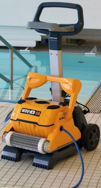 Pool Robot cleaner 'Dolphin Wave 50'