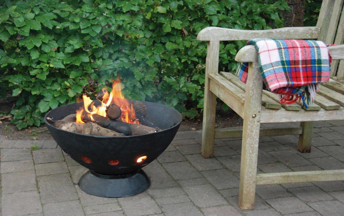 Cast-iron Fire Bowl + BBQ