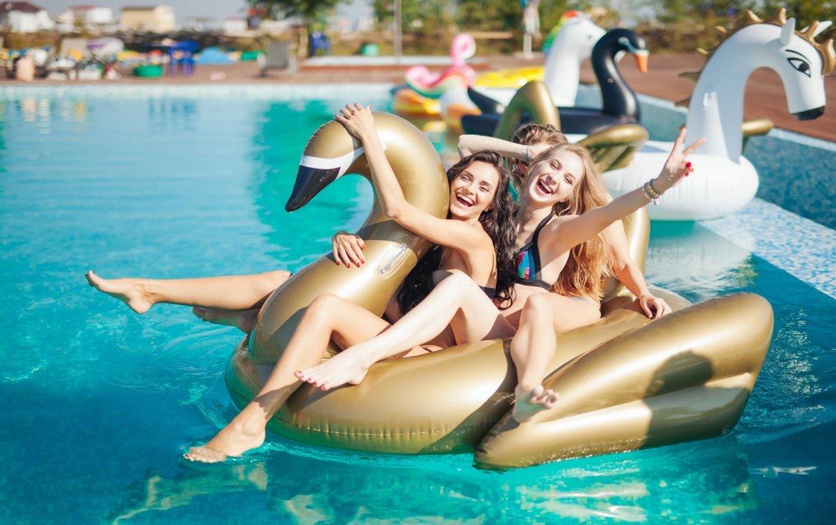 Inflatable Golden Swan