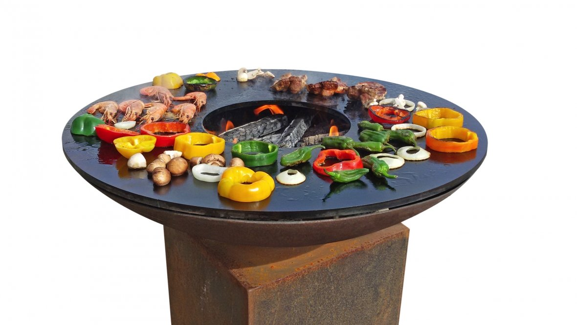 Pedestal barbecue with 80 cm Ø griddle