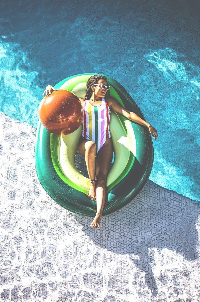 Inflatable bed   Swim Essentials