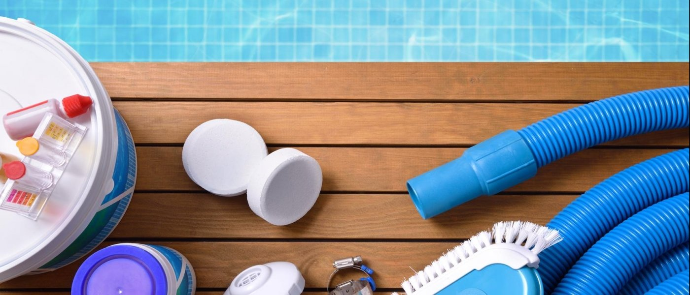 6 important products for maintaining your swimming pool ...
