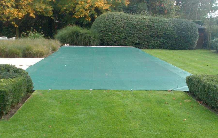 Discover our pool cover tool here