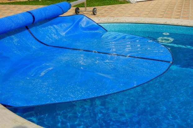 Tips on how to heat your swimming pool faster webshop - Swimming pool evaporation rate calculator ...