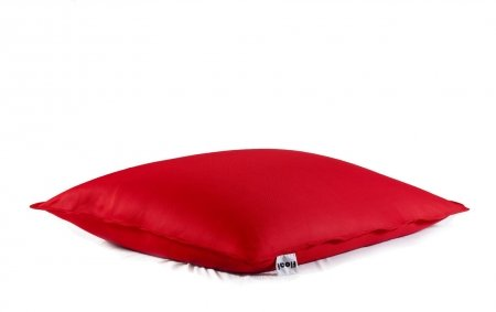 Floating beanbag in red